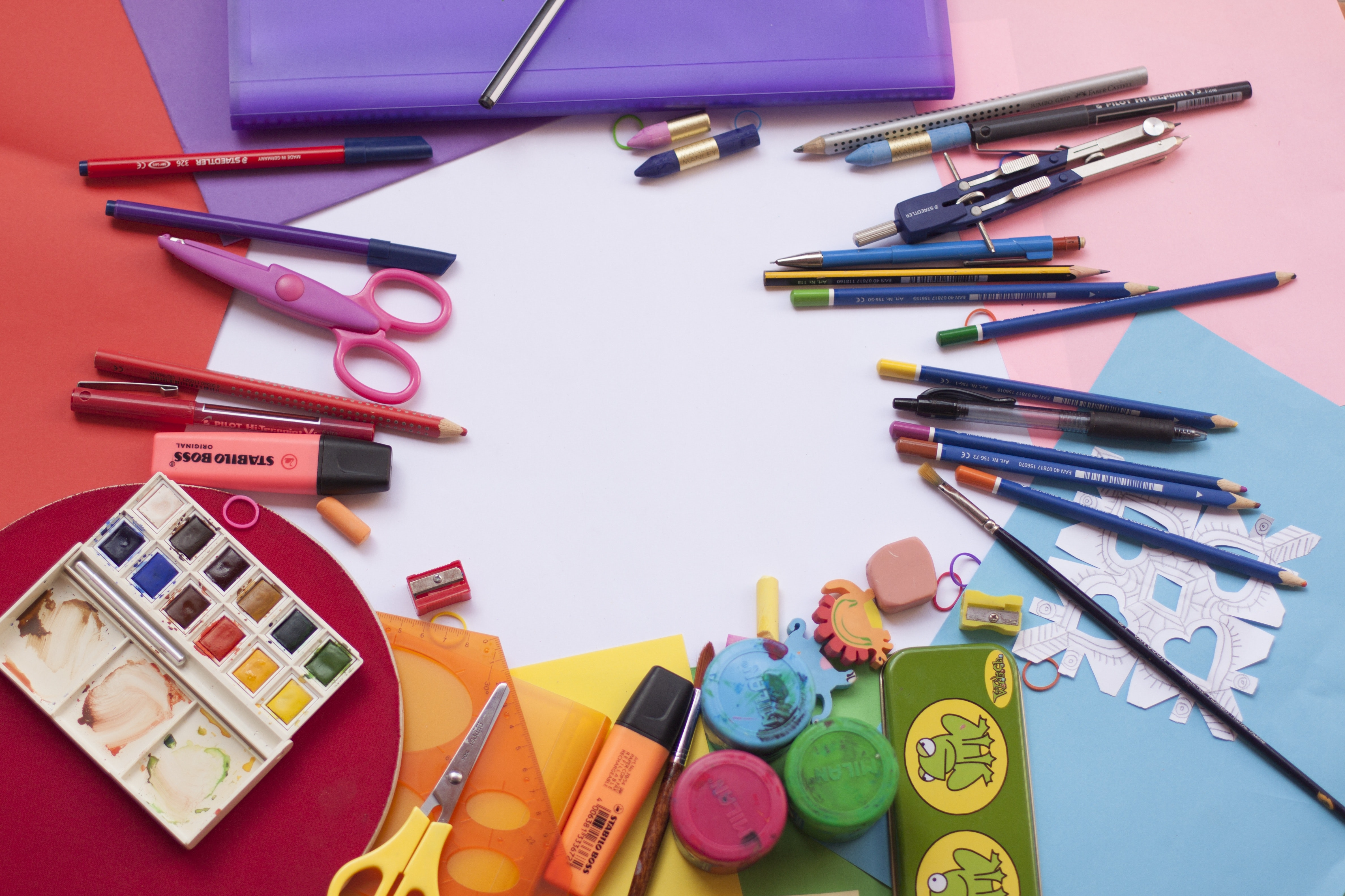 painting-and-drawing-tools-set-207665